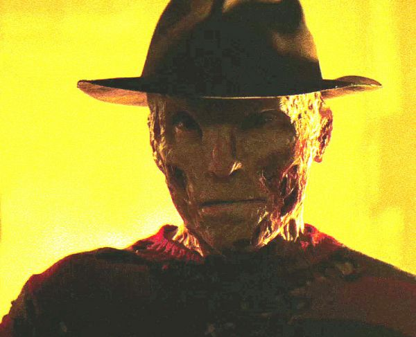A Nightmare on Elm Street: FINALLY a Good Look at Jackie Earle Haley as Freddy Krueger