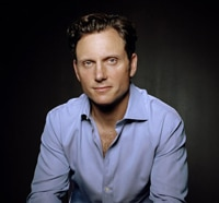 Tony Goldwyn Joins Divergent