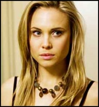 Leah Pipes - You'll be Dying to Meet Cousin Sarah
