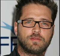 Former 90210 Star Jason Priestly Jumps into a Bag of Bones