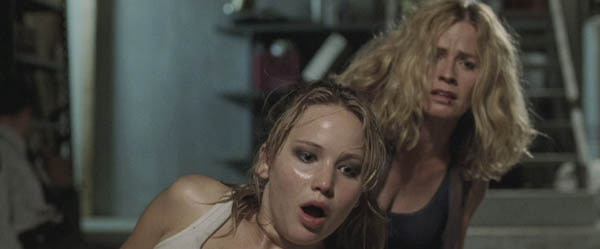 See The Hunger Games' Jennifer Lawrence all Hot and Sweaty in New House at the End of the Street Images!