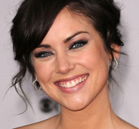 Jessica Stroup Joins The Following