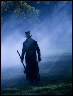 Even More Abraham Lincoln: Vampire Hunter Images Start Swinging