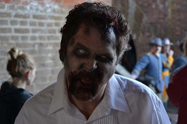 A Slew of Behind-the-Scenes Stills from Abraham Lincoln vs. Zombies