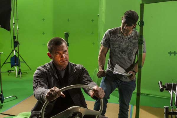 Josh Brolin Grabs the Wheel in First BTS Stills from Sin City 2: A Dame to Kill For