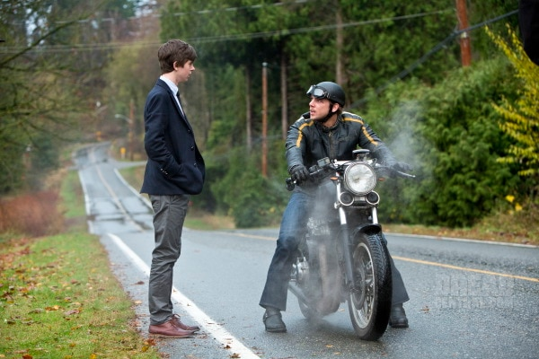 Bates Motel: Recap of Episode 1.05 - Ocean View - Norman & Dylan