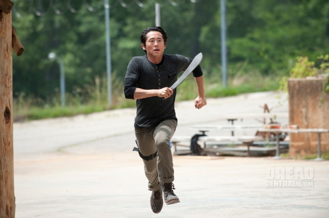 The Walking Dead: Recap of Episode 4.02 - Infected - Glenn