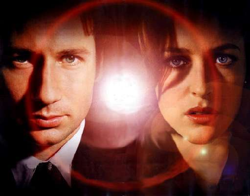 Gillian Anderson Chimes In on New X-Files Movie
