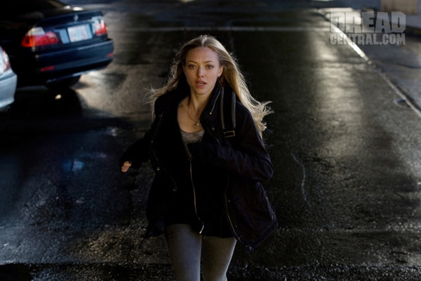Amanda Seyfried on the Run in New Images from Gone (click for larger image)