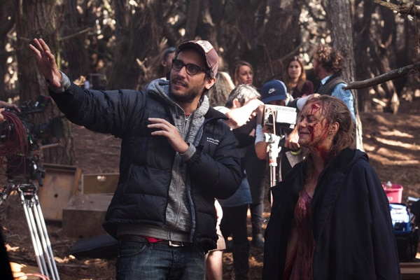 Go Behind the Scenes of Evil Dead