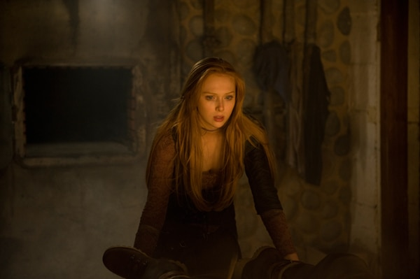 New Stills Arrive for Hansel & Gretel Get Baked