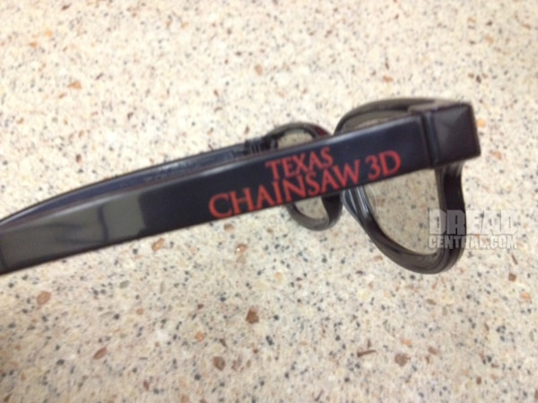 Texas Chainsaw - Video Soundbites and Exclusive Look at the Special 3D Glasses Given out for Tonight's Screenings Only!