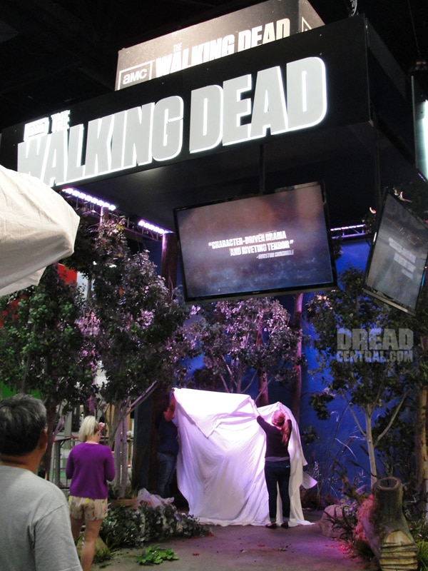 San Diego Comic-Con 2012:The Walking Dead Invades!