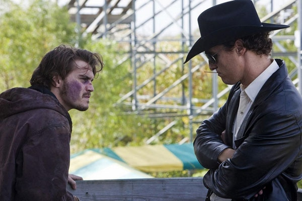 Killer Joe Roundtable Interview with Stars Matthew McConaughey and Emile Hirsch