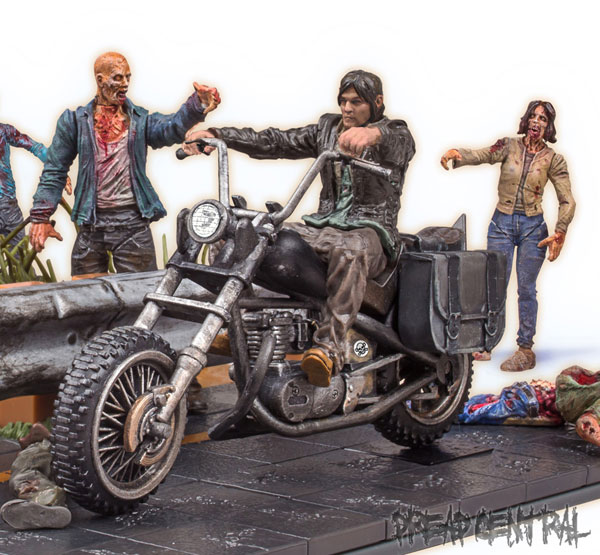 #SDCC14: Todd McFarlane Talks The Walking Dead Construction Line; New Images; Spawn Update!