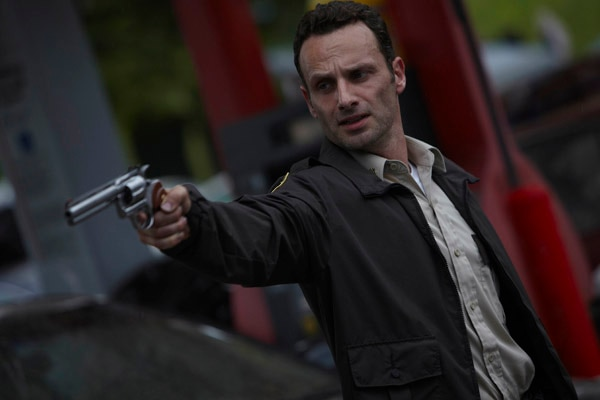 The Walking Dead: New Image of Andrew Lincoln as Rick Grimes in Action