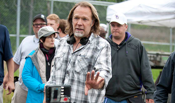 Greg Nicotero Talks Directing The Walking Dead Season 4 Premiere, New Zombie Tricks, and More!