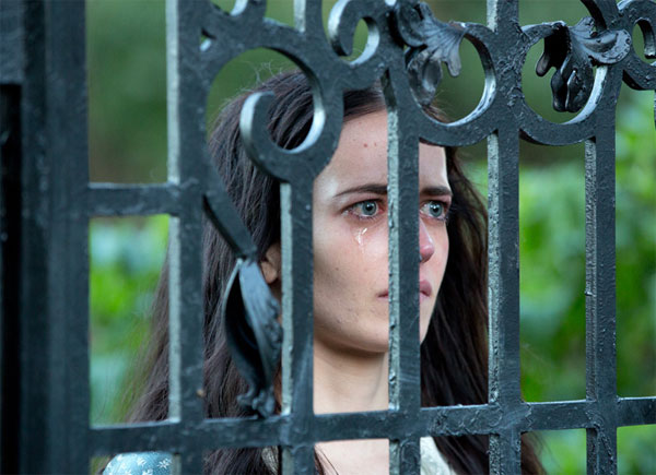 New Images, Clips, and Preview of Penny Dreadful Episode 1.05 - Closer Than Sisters