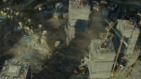 The City is a Monster-Sized Graveyard in Latest Pacific Rim Still
