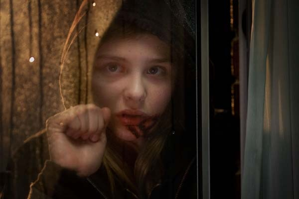 Let Me In First Look: Chloe Moretz as Vampire Abby (click for larger image)