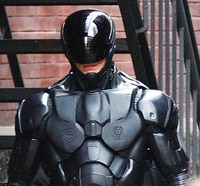 Joel Kinnaman, Abbie Cornish, Michael Keaton, Gary Oldman, and Jose Padilha Talk Remaking RoboCop