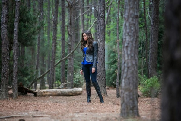 It's Ladies Only in These Photos from The Vampire Diaries Episode 4.22 - The Walking Dead