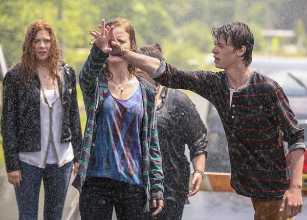 First Images from Under the Dome Ep. 2.01 (Heads Will Roll) Reveal New Characters and More