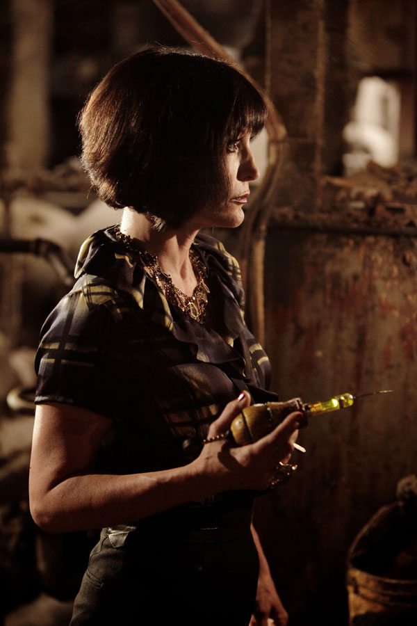 A Look at Guest Star Nana Visitor from Tonight's Episode of Grimm - Beeware