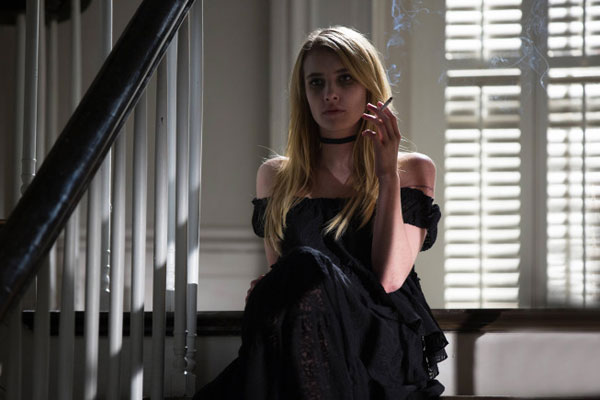 New Images and a Few Clues of What's Ahead in American Horror Story: Coven Episode 3.07 - The Dead