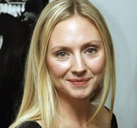 Hope Davis and Justin Kirk Will Learn About Real Estate in Wayward Pines