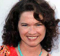 Heather Langenkamp Heads Off on a Star Trek Into Darkness