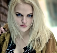 Madeline Brewer Walks Into Hemlock Grove
