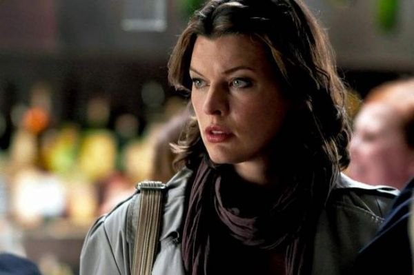 First Look at Milla Jovovich - Faces in the Crowd