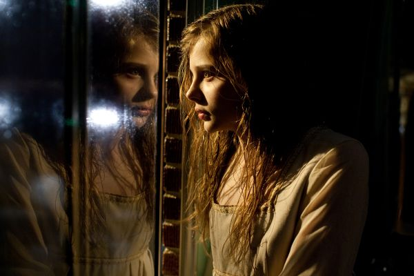 Another New Let Me In Images Shows off More of Chloe Moretz as the Vampire Abby