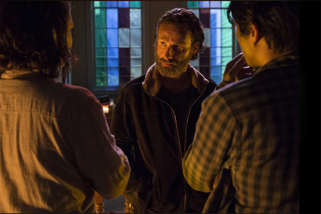 The Walking Dead Episode 5.03 - Four Walls and a Roof