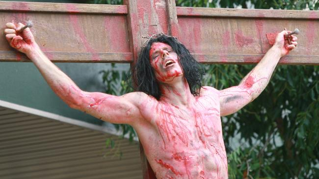 crucify - AFM 2014: Xavier Gens Tackles Demonic Possession in The Crucifixion