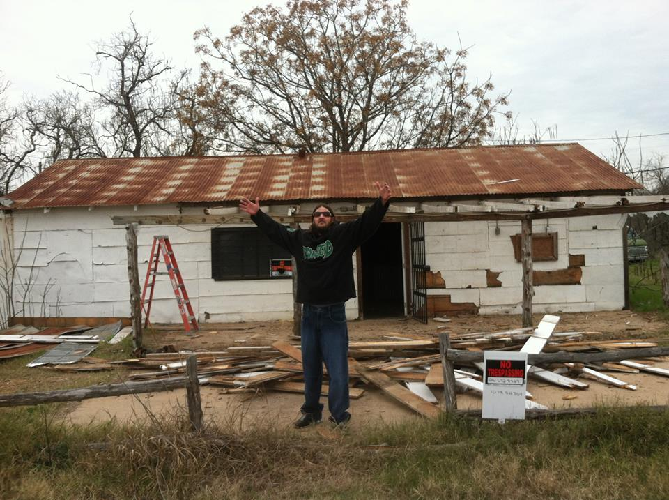 The Gas Station/BBQ Shack - Texas Chainsaw Massacre: A ...