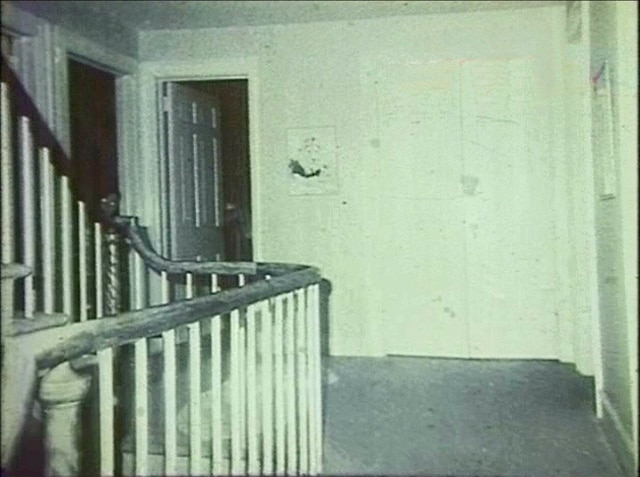 ghost 5 - 11 Scariest REAL Ghost Photos