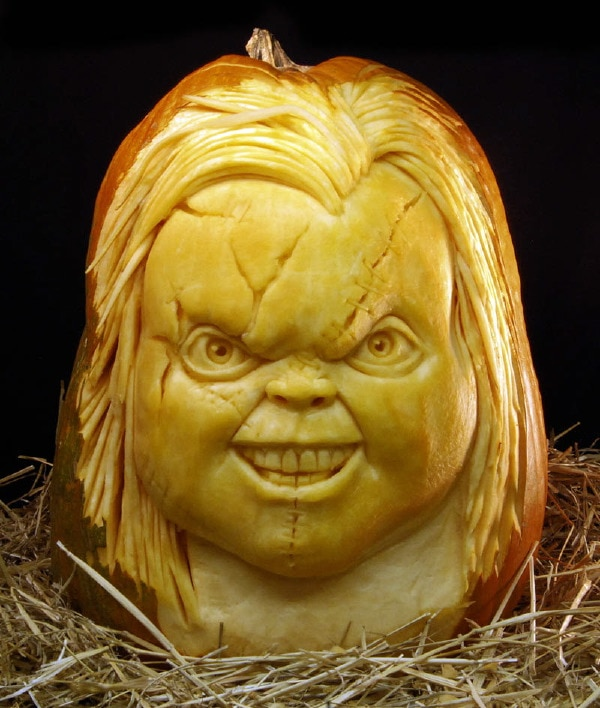 35 Incredible Pumpkin Carvings for Halloween 4