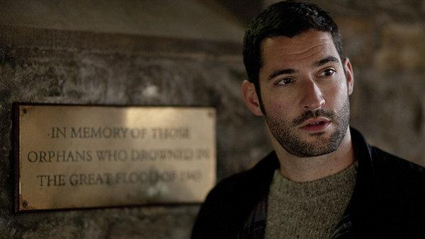 tom ellis - Lucifer - Tom Ellis Gets His Horns
