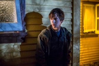 bates305b 336x224 - What's The Deal in These Images and Preview of Bates Motel Episode 3.05?