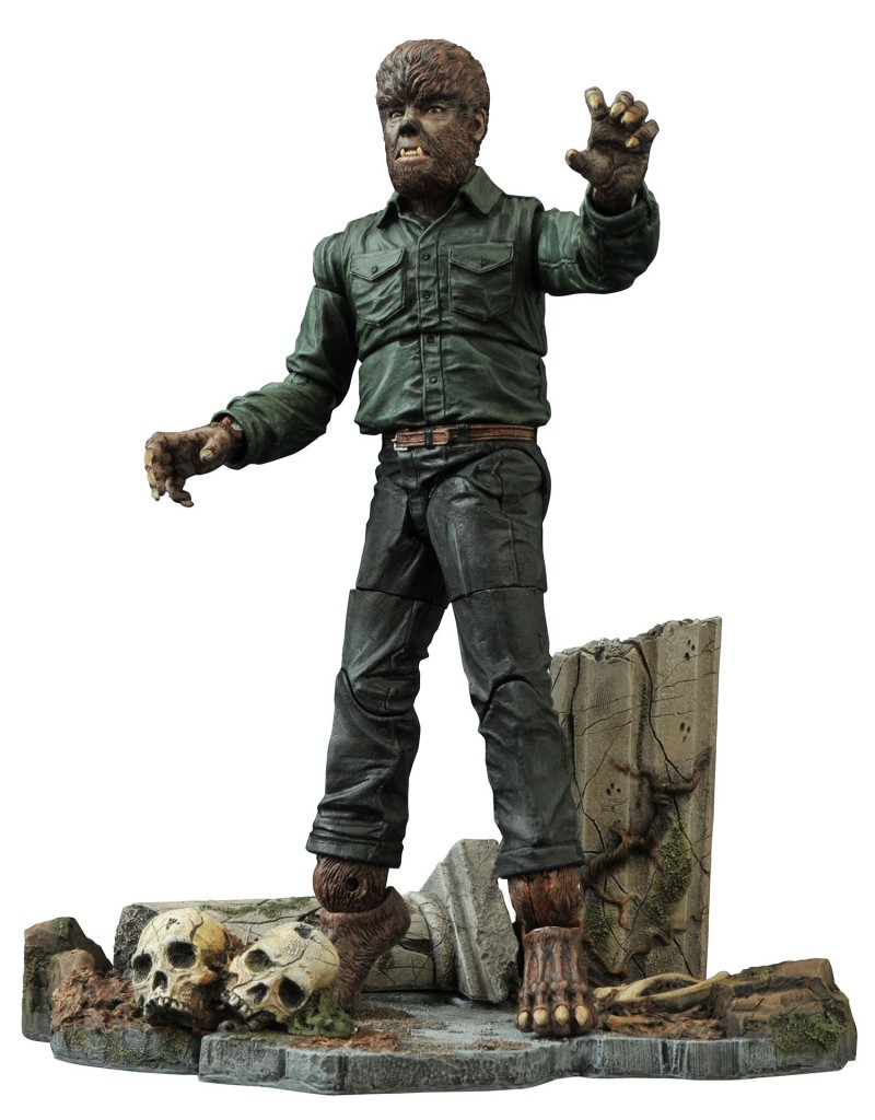 Wolfman2 800x1024 - Exclusive Early Look at Diamond Select's Universal Monsters Mummy and Wolfman Version 2 Action Figures