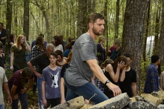 dome 106414 0453 336x224 - Under the Dome Season 3 Image Gallery and a Pair of Previews