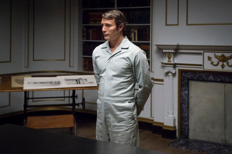 NUP 167920 0130 - Get a Sneak Peek of Hannibal Episode 3.10 – And the Woman Clothed in Sun