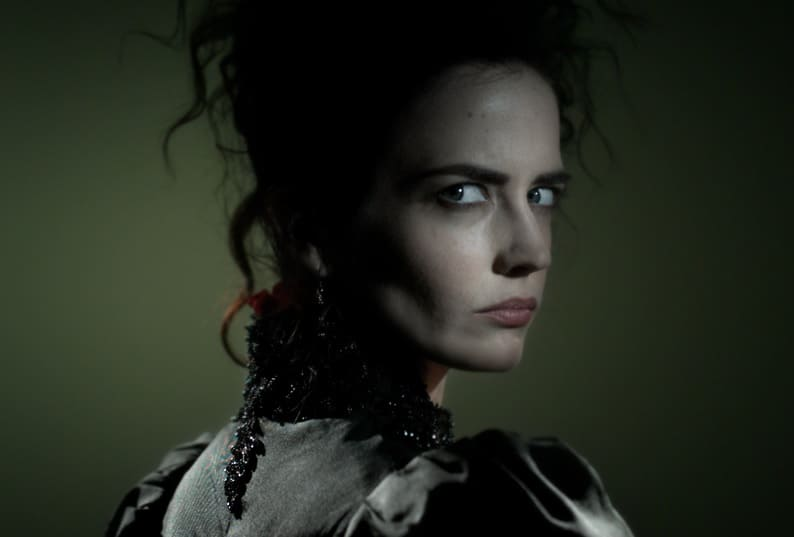 penny - Get Touched by a Pair of New Teasers for Penny Dreadful Season 3
