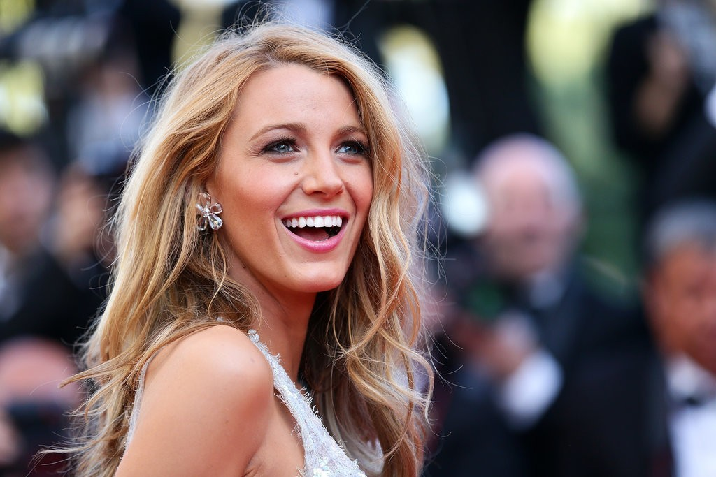 in the deep 1024x683 - Blake Lively Potentially Swimming In the Deep