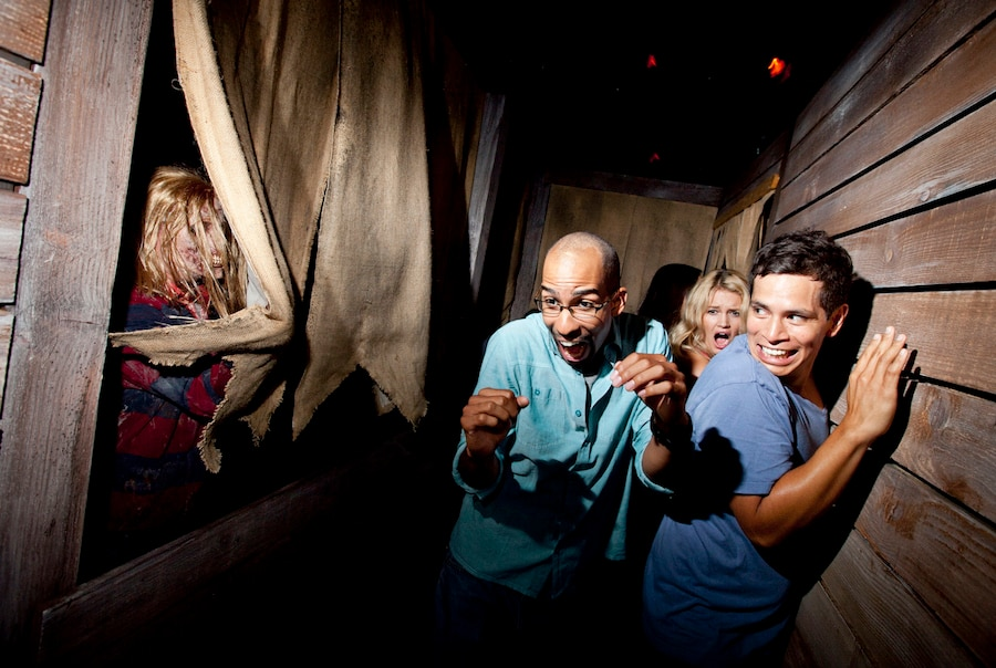 Universal Studios Hollywood Adds Two More Dates to Halloween ...