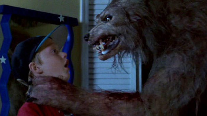bad moon eric red - 13 Scary 90s Movies Streaming FREE Right Now on TubiTV
