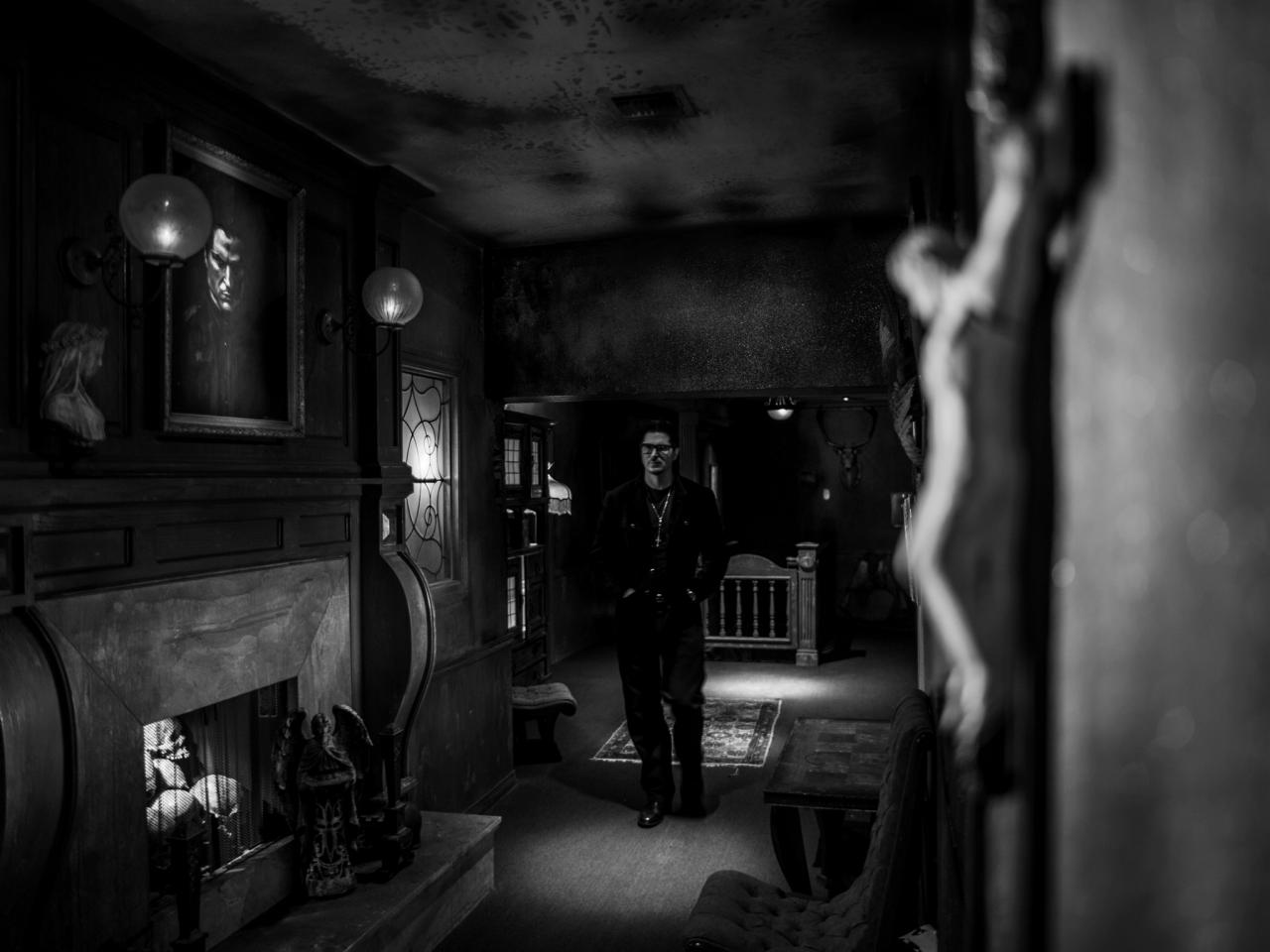 zak bagans - Zak Bagans Talks Deadly Possessions, His Museum, and the Dangers of Haunted Objects
