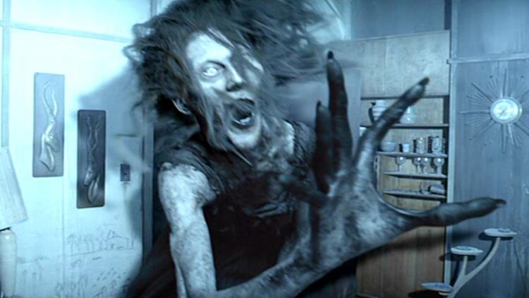 mama botet 750x422 - Creature Performer Javier Botet Joins The Mummy and Stephen King's It